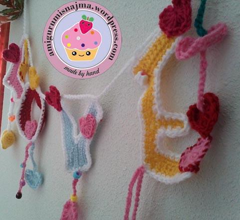 guirnalda amor crochet