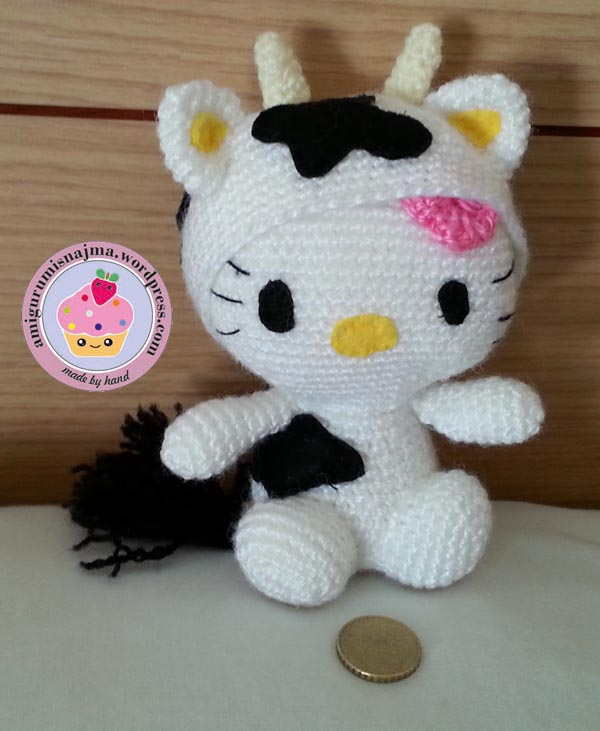 hello kitty cow crochet