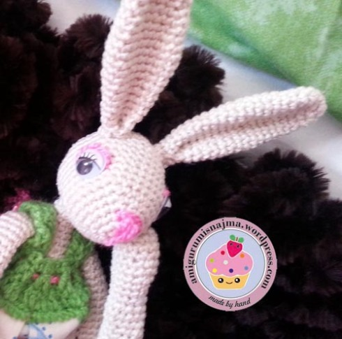 bunny_crochet_doll-01