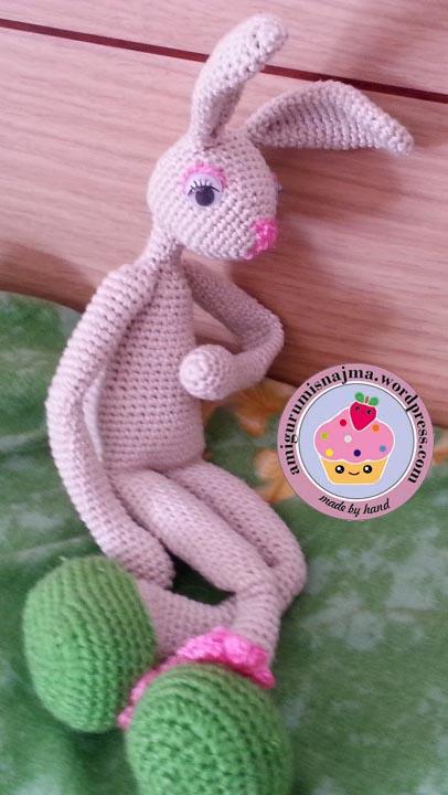 bunny_crochet_doll-09