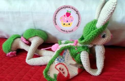 bunny_crochet_doll-13