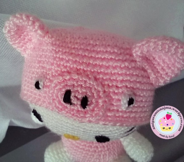 hello kitty pig crochet