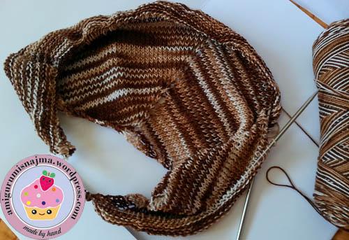chal ishbel knitting