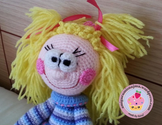 toy crochet doll ganchillo najma