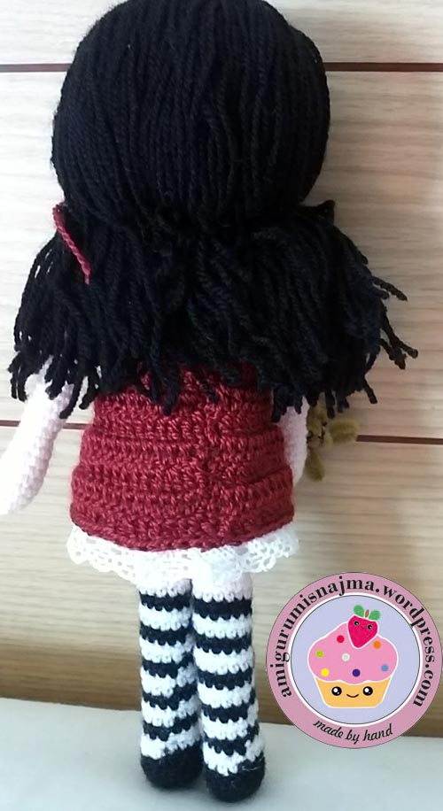 toy doll crochet amigurumi