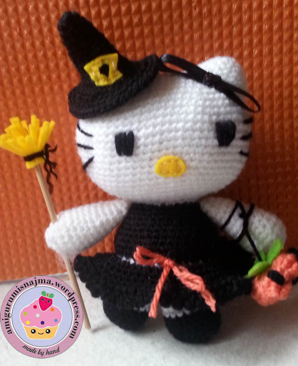 hello kitty witch amigurumi toy ganchillo-01