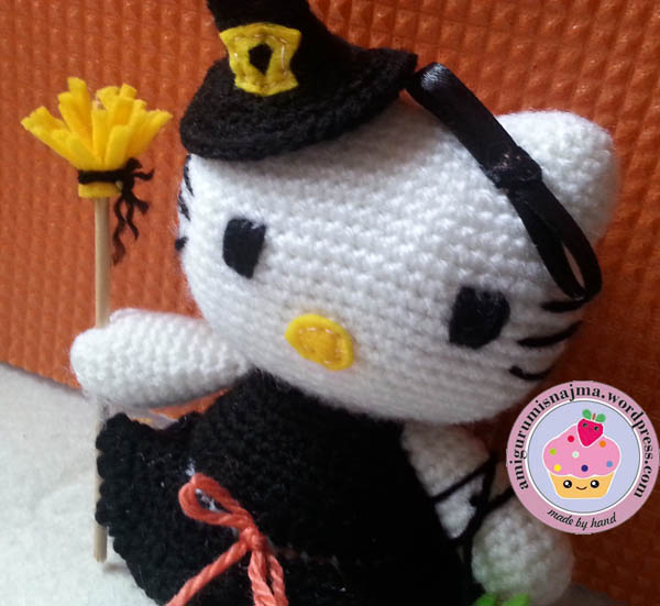 hello kitty witch amigurumi toy ganchillo-02