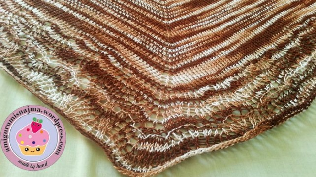 chal ishbel knitting shawl