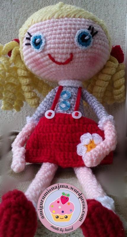 Meritxell amigurumi doll crochet  najma-01