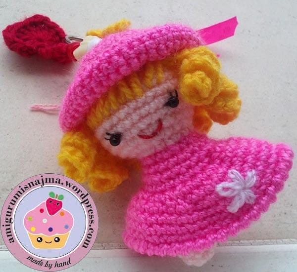 keyring doll crochet najma-01