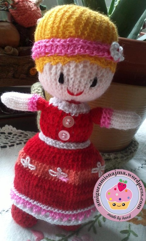 knitted doll toy najma-01