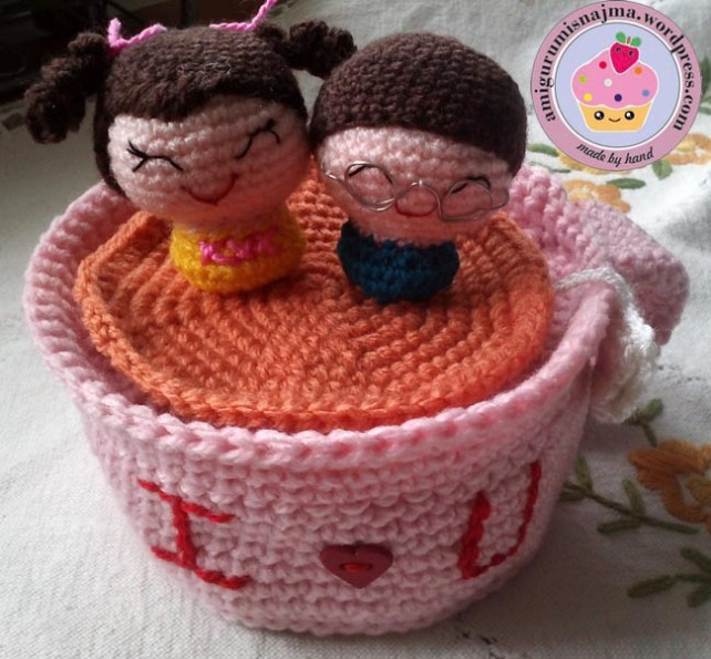 lovers in a mug amigurumi crochet najma-01