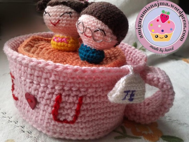 lovers in a mug amigurumi crochet najma-03