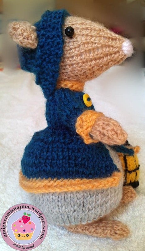 dickensian mouse  knitted toy doll najma-02