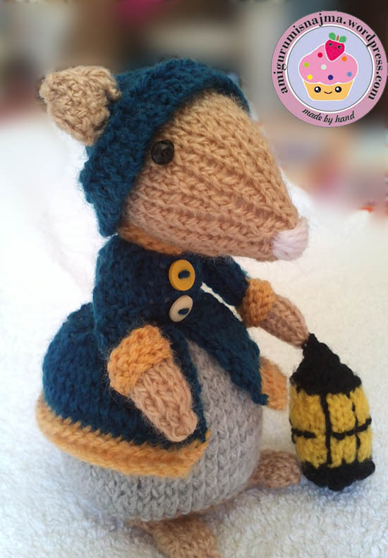 dickensian mouse  knitted toy doll najma-10