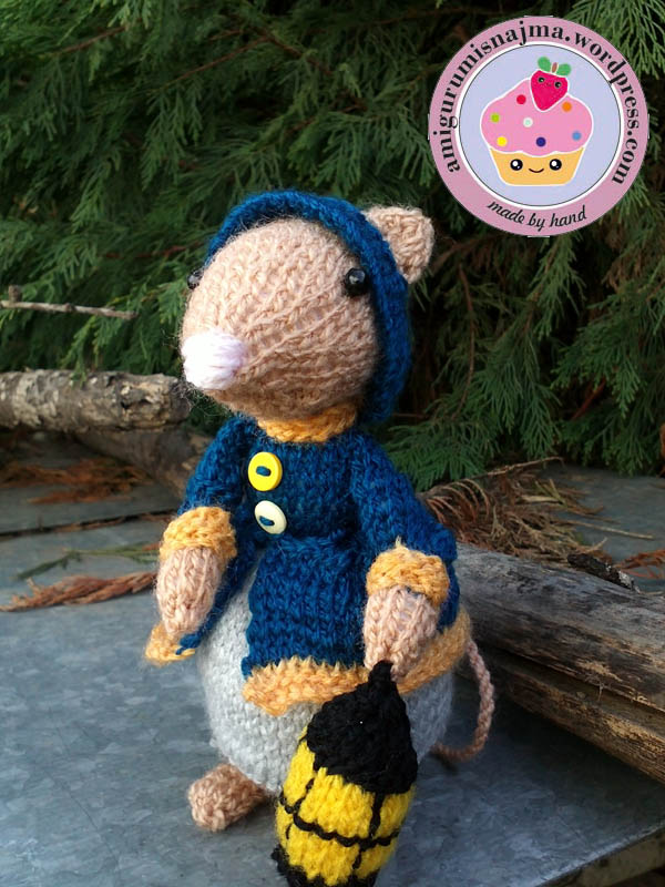 dickensian mouse  knitted toy doll najma-20