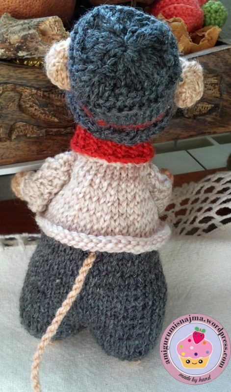dickensian mouse  knitted toy doll najma-38