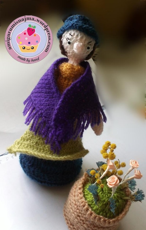 flower seller doll knitted toy najma01