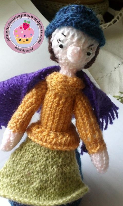 flower seller doll knitted toy najma04