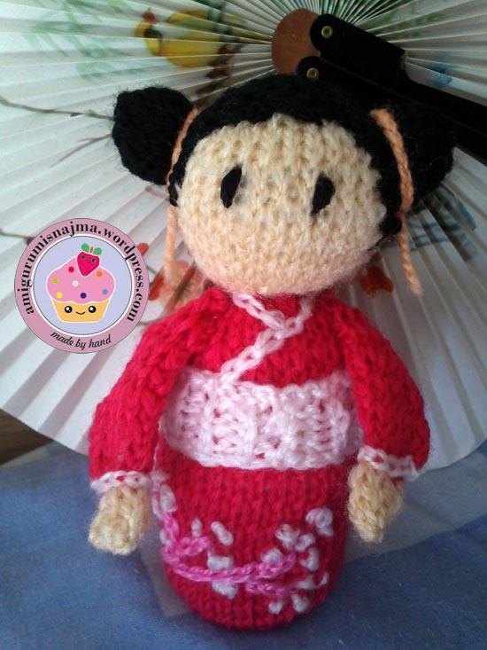 haruko geisha kokeshi  knitted doll najma-02