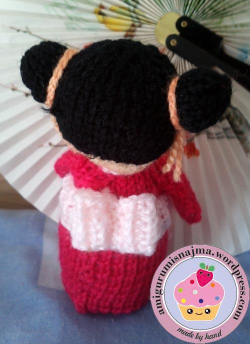 haruko geisha kokeshi  knitted doll najma-04