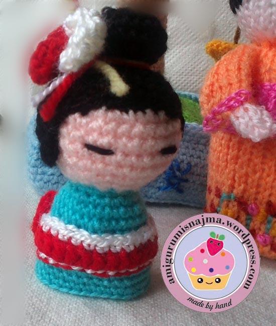 kokeshi geisha crochet amigurumi