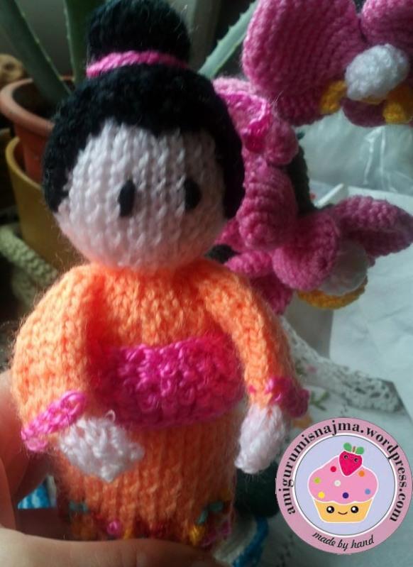 knitted geisha kokeshi doll amigurumi najma-06