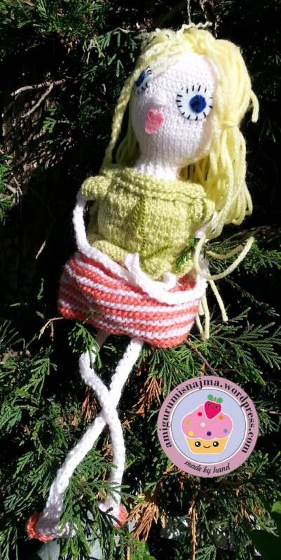 knitted doll amigurumi muñeca tejida