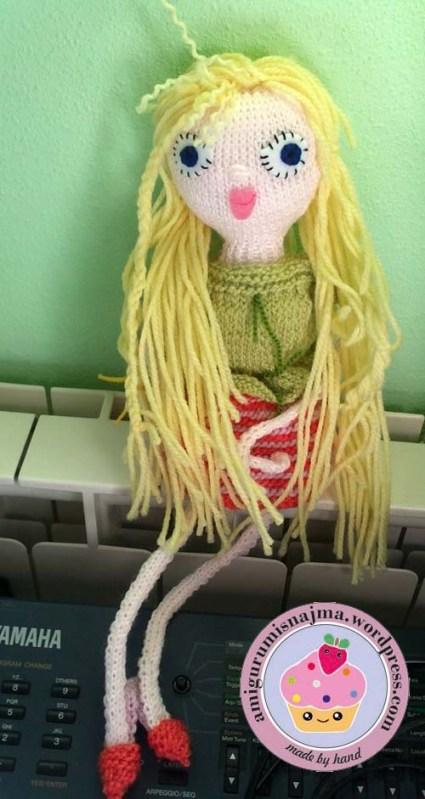 knitted doll violet muñeca tejida tricot  najma05