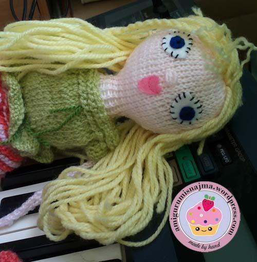 knitted doll violet muñeca tejida tricot  najma07
