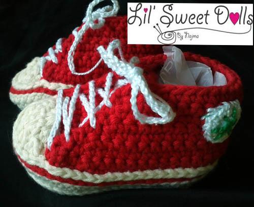 baby sneakers crochet booties