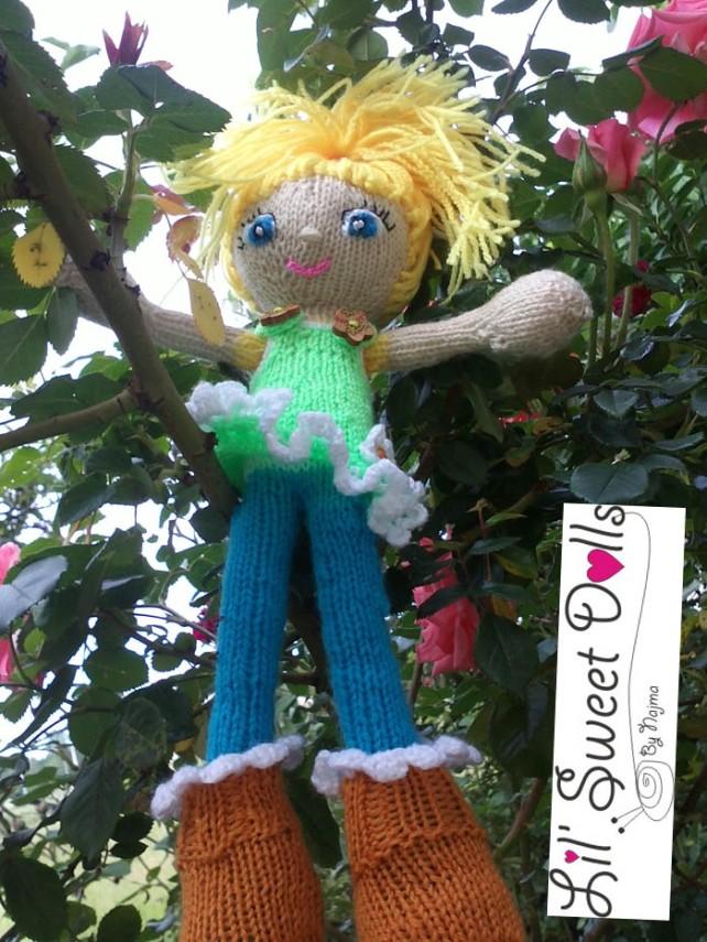rosas rose knitted doll yarn muñeca