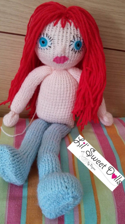 knitted doll muñeca tejida