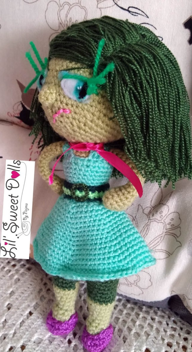 disgust inside out amigurumi doll muñeca ganchillo crochet yarn