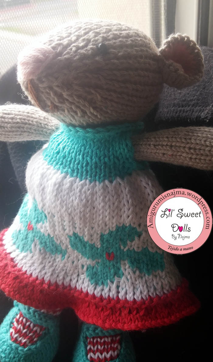knitted mouse gift toy weamigurumi doll dress