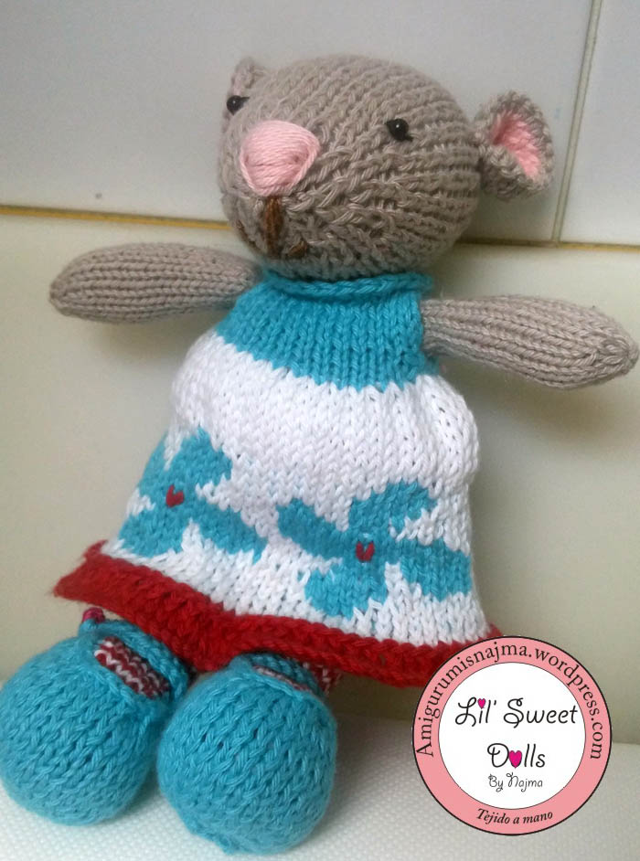 doll knitted mouse gift toy weamigurumi