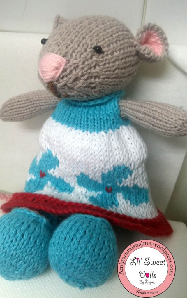 knitted mouse gift toy weamigurumi tejer muñeca