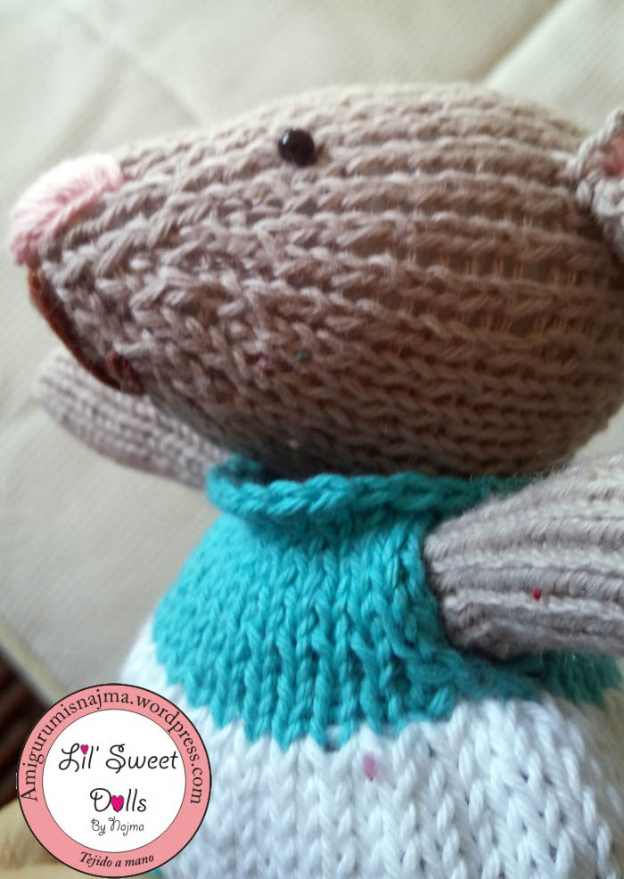 knitted mouse gift toy weamigurumi tejido muñeca