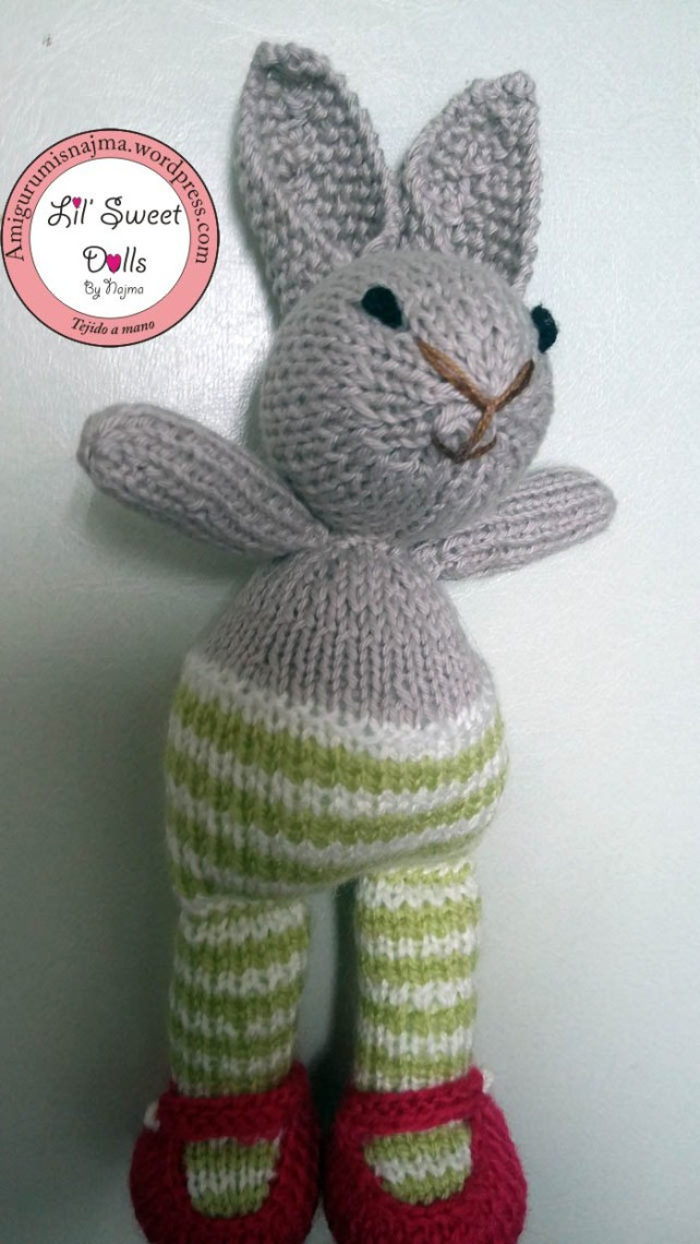 knitted toy cute muñeca tejida