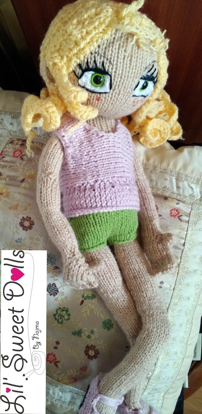 knitting doll muñeca amigurumi01